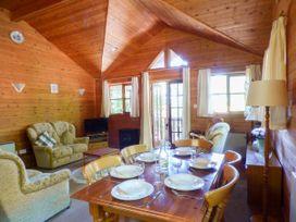 Acorn Lodge - South Wales - 930857 - thumbnail photo 4