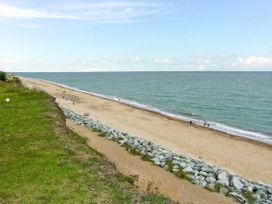 107 Beach Road Chalet Site - Norfolk - 930942 - thumbnail photo 7