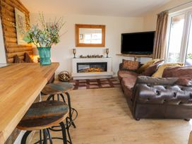 Deer Lodge - Whitby & North Yorkshire - 930957 - thumbnail photo 4