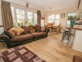 Deer Lodge - Whitby & North Yorkshire - 930957 - thumbnail photo 5