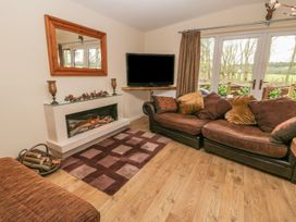 Deer Lodge - Whitby & North Yorkshire - 930957 - thumbnail photo 3