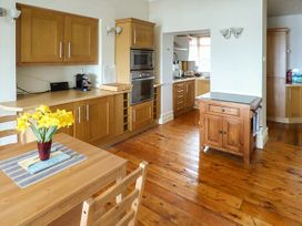 Downstairs Flat Crow's Nest - South Wales - 931866 - thumbnail photo 6
