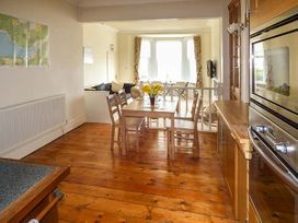Downstairs Flat Crow's Nest - South Wales - 931866 - thumbnail photo 8