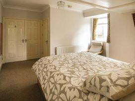 Downstairs Flat Crow's Nest - South Wales - 931866 - thumbnail photo 10