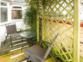 Downstairs Flat Crow's Nest - South Wales - 931866 - thumbnail photo 14