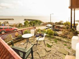 Downstairs Flat Crow's Nest - South Wales - 931866 - thumbnail photo 16