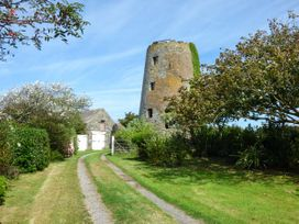 Penfor - Anglesey - 932014 - thumbnail photo 4