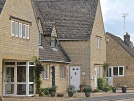 2 bedroom Cottage for rent in Bourton on the Water
