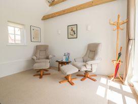 Daisy Cottage - Suffolk & Essex - 932749 - thumbnail photo 7