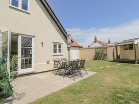Daisy Cottage - Suffolk & Essex - 932749 - thumbnail photo 24