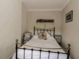 9 Oaklands Terrace - Suffolk & Essex - 932776 - thumbnail photo 7