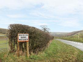 2 Beacon View Barn - Mid Wales - 932785 - thumbnail photo 14