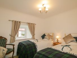 Woodside Cottage - Scottish Lowlands - 932807 - thumbnail photo 12