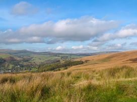 Colden Water - Yorkshire Dales - 932893 - thumbnail photo 16