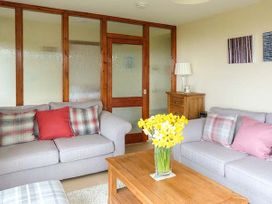 Pine Lodge - Scottish Highlands - 933067 - thumbnail photo 4