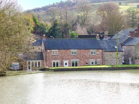 Weir Cottage on the Mill Pond - Peak District - 933068 - thumbnail photo 1