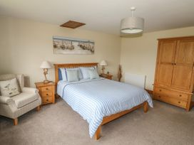 The Nook - Lincolnshire - 933315 - thumbnail photo 14