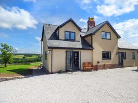 4 bedroom Cottage for rent in Denbigh