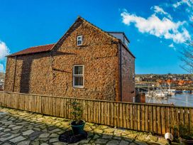 Kirkby House - North Yorkshire (incl. Whitby) - 933418 - thumbnail photo 1