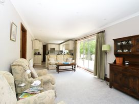 Miswells Cottages - Lake View - Kent & Sussex - 933423 - thumbnail photo 5