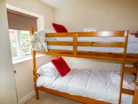 Oystercatcher Cottage - Whitby & North Yorkshire - 933446 - thumbnail photo 9