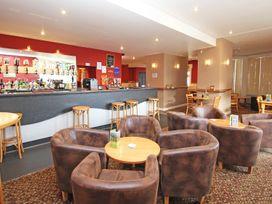Eden Valley Lodge - Cornwall - 933448 - thumbnail photo 23