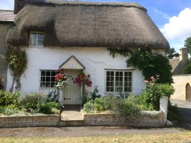 Rose Cottage - Cotswolds - 933563 - thumbnail photo 2