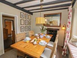 Rose Cottage - Cotswolds - 933563 - thumbnail photo 14
