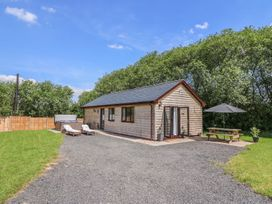 Cherry Tree Lodge - Mid Wales - 933626 - thumbnail photo 2