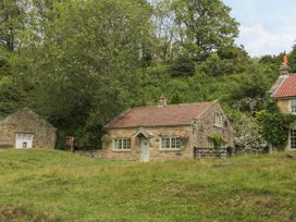 Quoits Cottage - Whitby & North Yorkshire - 933726 - thumbnail photo 1