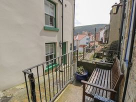 Grimes Nook - North Yorkshire (incl. Whitby) - 933837 - thumbnail photo 3