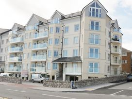 Ocean View Apartment - North Wales - 934495 - thumbnail photo 1