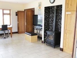 A Country View Cottage - Shancroagh & County Galway - 934705 - thumbnail photo 33