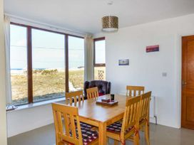 6 Strand Cottages - Westport & County Mayo - 934816 - thumbnail photo 4