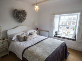 1 Belle Vue - Whitby & North Yorkshire - 934987 - thumbnail photo 9