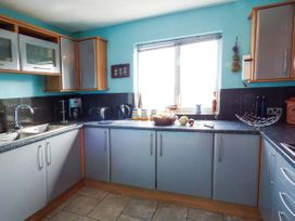 6 Mariners Court - Anglesey - 934989 - thumbnail photo 6