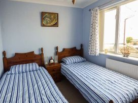 6 Mariners Court - Anglesey - 934989 - thumbnail photo 10