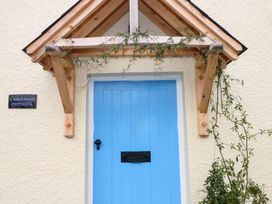 1 Mill Farm Cottages - South Wales - 935003 - thumbnail photo 3