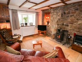 1 Mill Farm Cottages - South Wales - 935003 - thumbnail photo 4