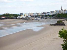 Sea Breeze - South Wales - 935043 - thumbnail photo 23