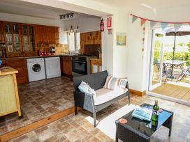 Lakelands - South Wales - 935045 - thumbnail photo 8