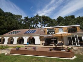 Branksome Wood House - Dorset - 935204 - thumbnail photo 62