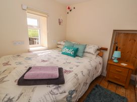 Cozy Cwtch Cottage - South Wales - 935330 - thumbnail photo 14