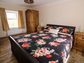 Cozy Cwtch Cottage - South Wales - 935330 - thumbnail photo 17