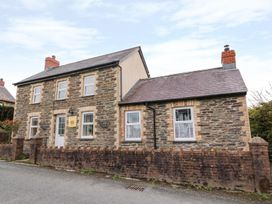 Cozy Cwtch Cottage - South Wales - 935330 - thumbnail photo 1