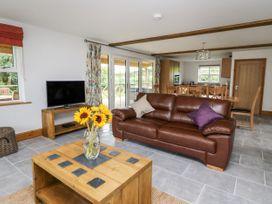 Lapwing Lodge - Mid Wales - 935473 - thumbnail photo 4