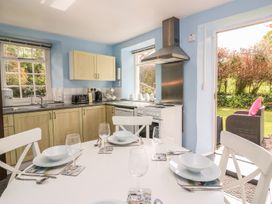 Spinners Cottage - South Wales - 935946 - thumbnail photo 10