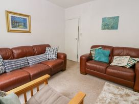 Harbour View Cottage - Whitby & North Yorkshire - 936101 - thumbnail photo 5