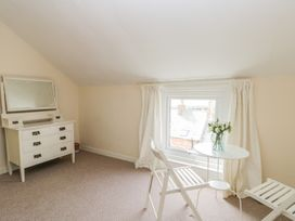 Harbour View Cottage - Whitby & North Yorkshire - 936101 - thumbnail photo 17