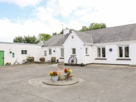 Whispering Willows - The Bungalow - County Donegal - 936116 - thumbnail photo 2